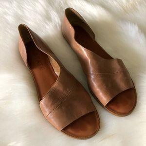 Celvin Slip-On Sandal